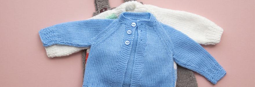 habiller son bébé à la naissance