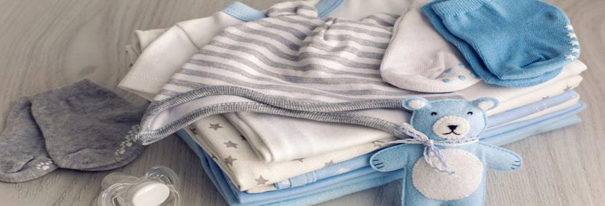 Conseils pour bien choisir les vêtements de naissance